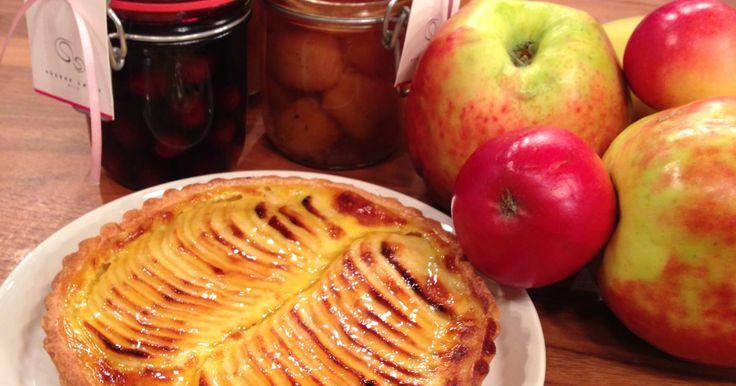 Konditor, Sverre Sætre, oppfordrer oss til å bruke norske frukt og bær. Som vikar for Wenche i dag, laget han en helt nydelig epleterte.