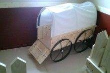 Bricolage-coberto-vagão-cama