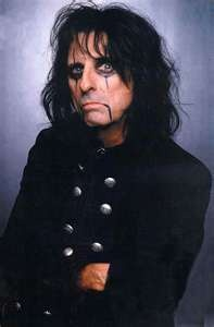 7. Creepy? Some people probably think so but I love him! The one and only Alice Cooper.