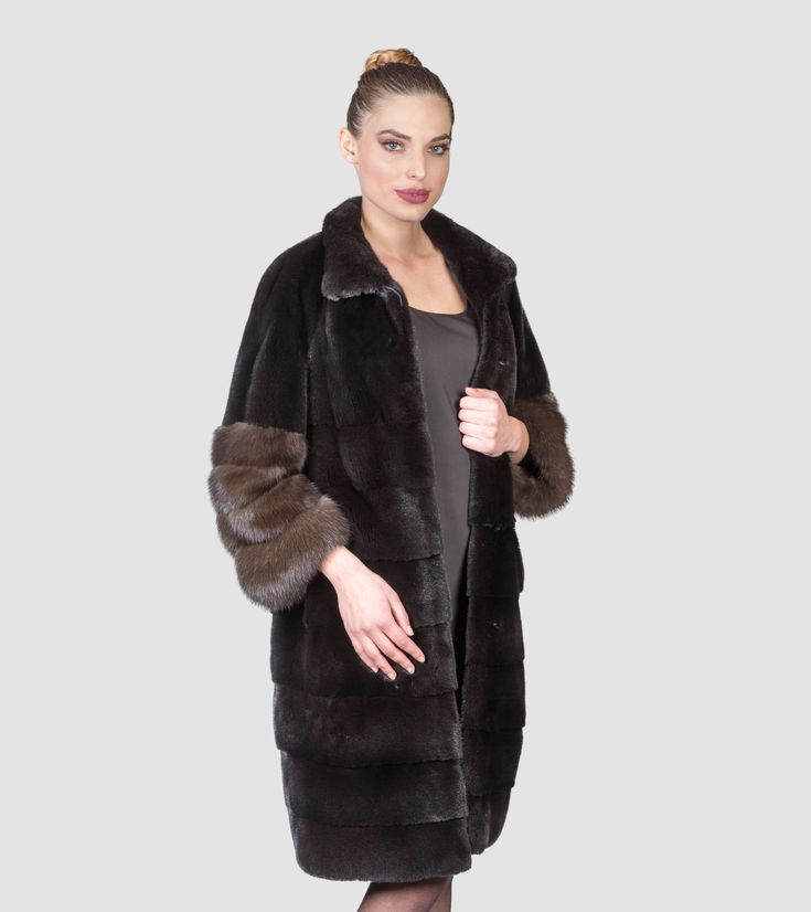 Blackglama Mink Fur Coat With Sable Sleeve Endings     #blackglama #sable #style  #fur  #style #fashion #elegant #luxury #model #woman #outfit #groomed #dress