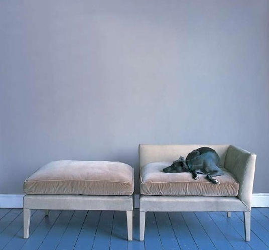 i have a crush on chaise lounges...this is close enough