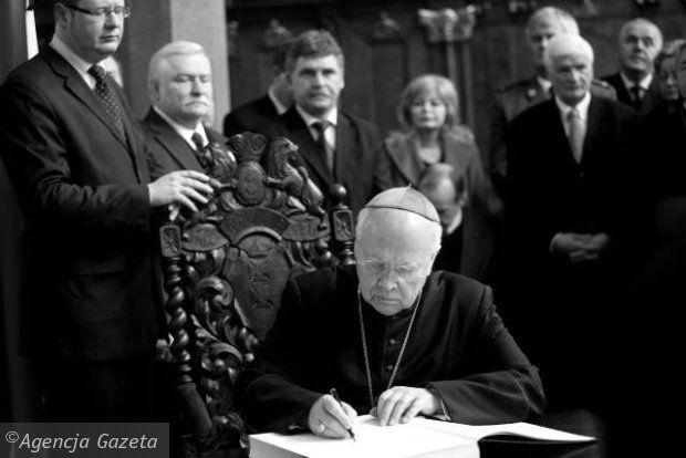 Franek i jego wędrówki: Abp Tadeusz Gocłowski nie żyje. Emerytowany metrop...