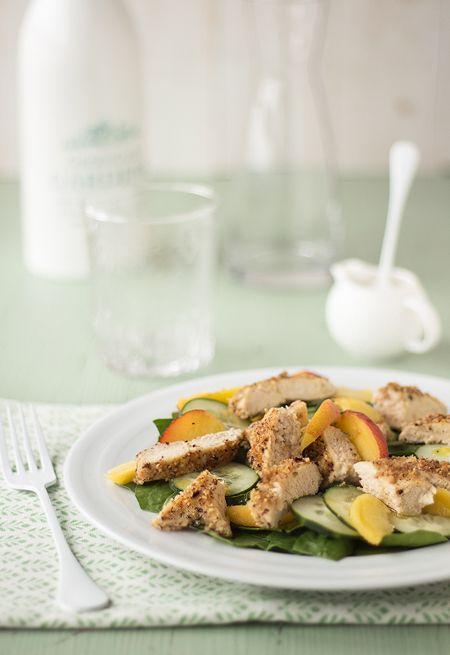 Pollo con avellanas a la vinagreta de Vivesoy Naranja, una #receta muy refresca y nutritiva ¡Qué aproveche!