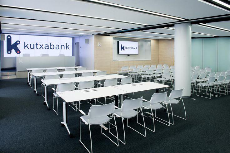 kutxabank-office-design-2.jpg (1600×1068)