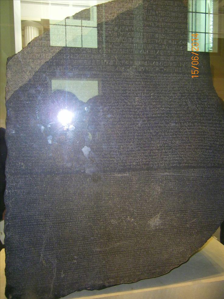 2014 British Museum-La Stele di Rosetta