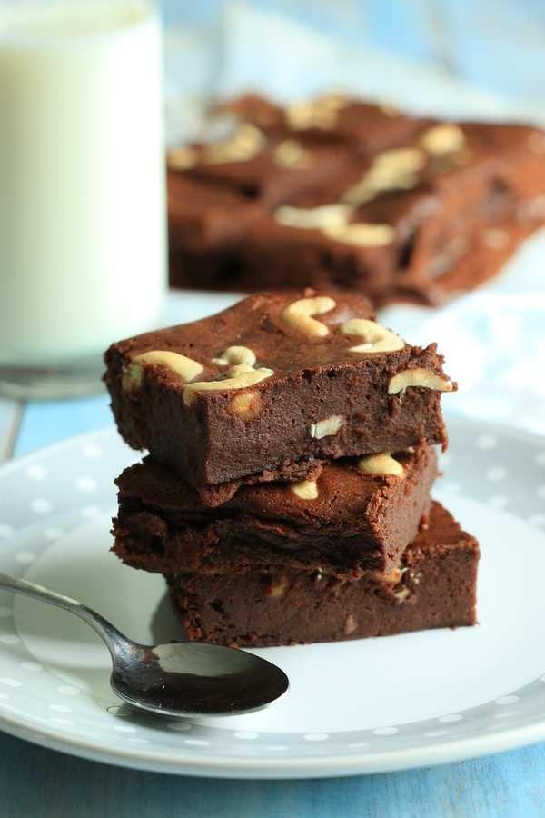Brownies ultra sain aux noix de cajou (sans beurre ni sucre raffiné)