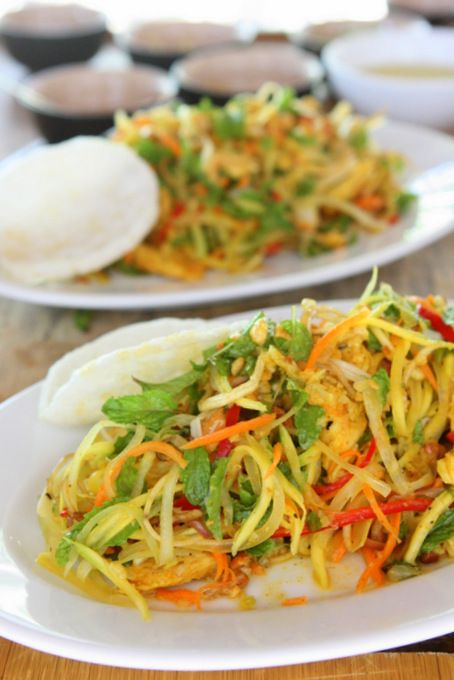 Gỏi Ngũ Sắc: Green Mango and Papaya Chicken Salad   thekitchenpaper.com