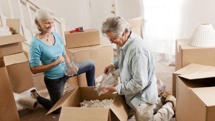 So holt man sich das Leben zurück!  Wenn der Partner verstorben ist, fühlen sich viele ältere Menschen einsam. Warum im Alter nicht noch einmal in eine WG ziehen?