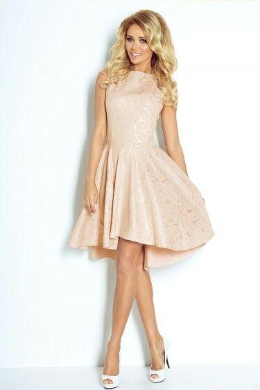 https://www.mokado.pl/Sukienka-Model-66-4-Losos-Gold-p19290 #sukienka #mokado #odzież #moda #trendy
