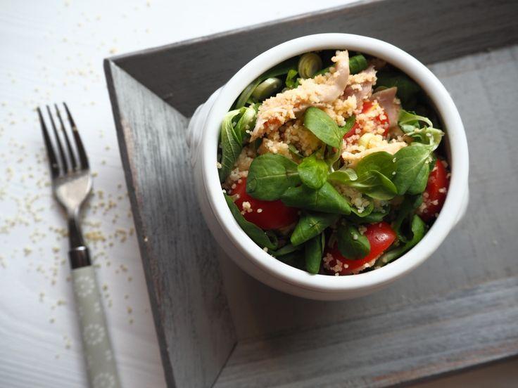Salát s kuskusem a kuřetem