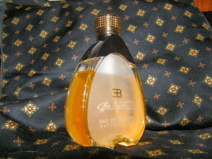 """Ettore Bugatti"", first edition (1992-1999) Namely ""Shalimar pour Homme"", Contrasting citrusy notes mixing with dry vanilla, ending in a lavish Castoreum drydown"