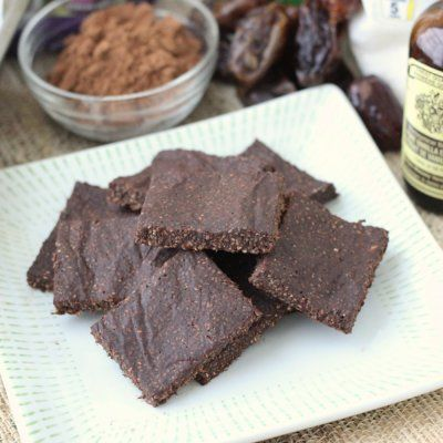 Chocolate Coconut Chia Bars | Living Well Kitchen