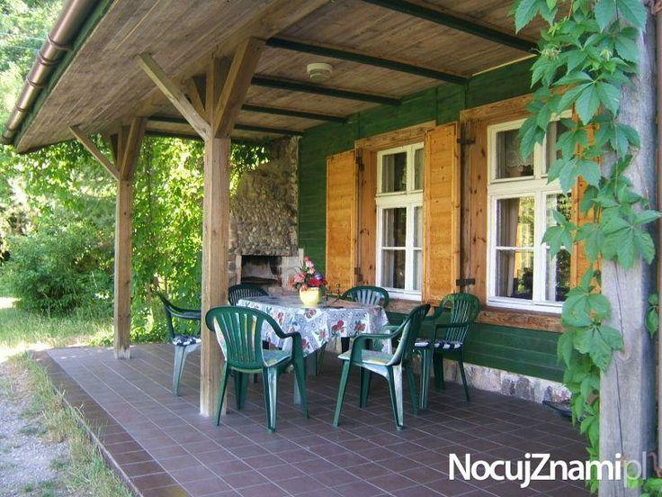 Domek letniskowy nad jeziorem Kisajno || Nocleg nad jeziorem || #apartamenty #mazury #jezioro #apartments #polska #poland || http://nocujznami.pl/noclegi/region/jezioro