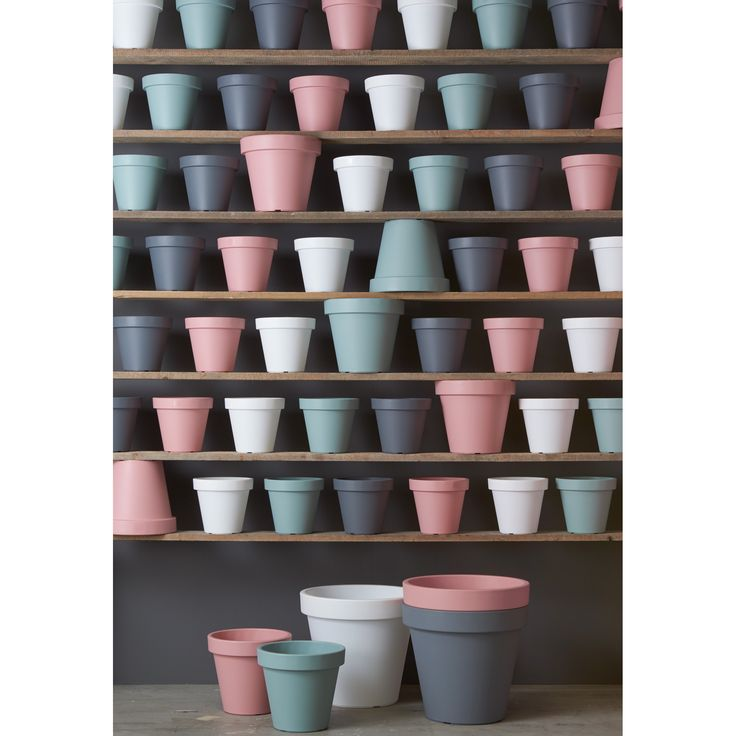 Pastelkleurige potten! Geef je planten en mooi plekje in bloempot Fleuri! #bloempot #pastel #tuin #kwantum #wonen
