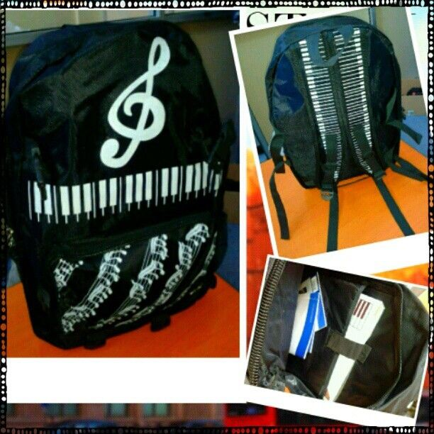 Music Backpack #RhapsodieAccessories https://www.facebook.com/photo.php?fbid=554446684596891=a.539031772805049.1073741825.100000946936447=1_count=1