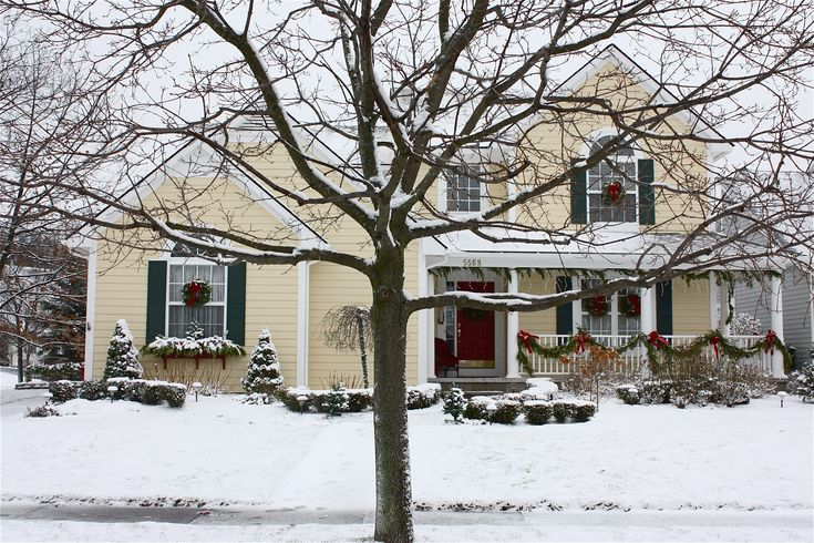 exterior images of cape cod homes | ... outdoor decorations at my neighbor s house vinny and cheryl georgeoff