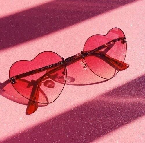 Sonnenbrille mit Herzrahmen – #ästhetisch #Rahmen #Herz #Sonnenbrille
