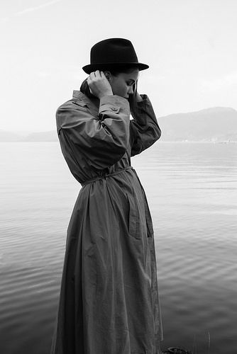 ▲ #female #woman #girl #sea #coast #coast #fashion #beauty #style #black #white #pretty #cool #landscape #norge #norway