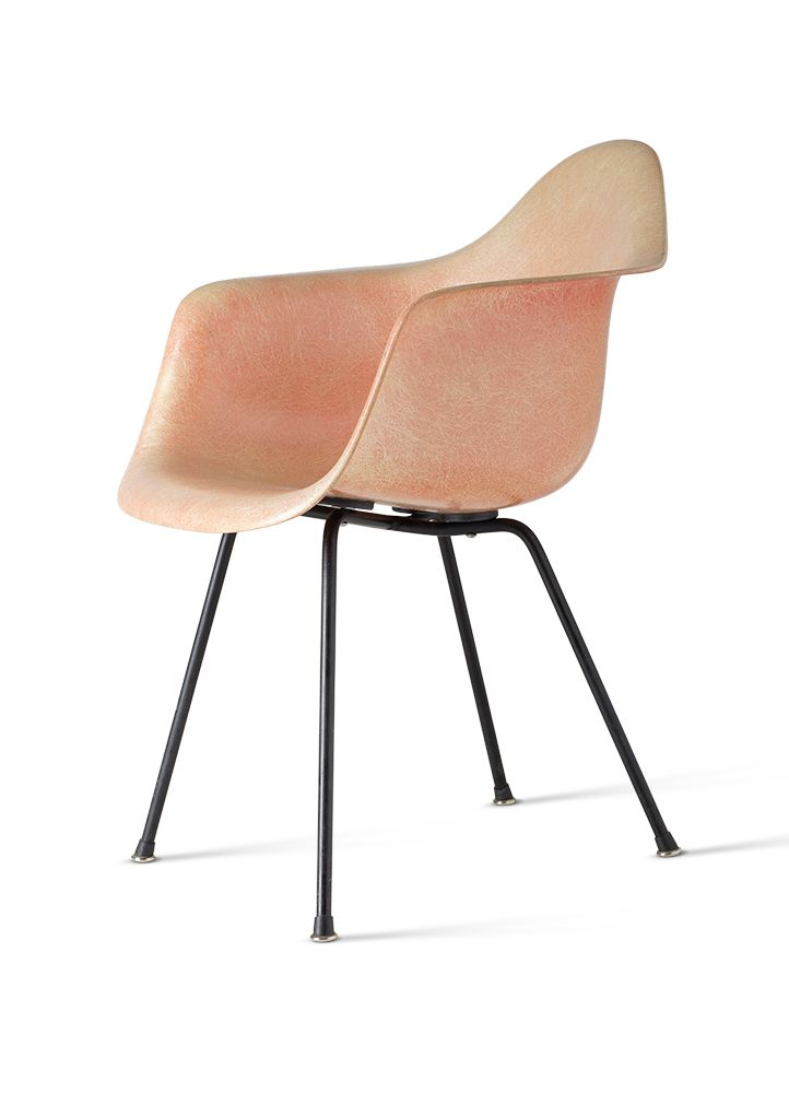 Dax Fibergl Armchair By Charles And Ray Eames 1950 51 Reproduced From Furniture Sourcebook Vitra