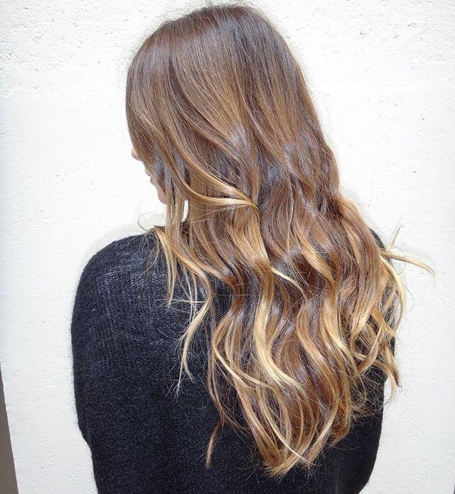 coloration balayage coloriste coiffure coiffeur balayage blonde tieanddye - Bon Coloriste Paris