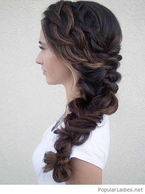 Wedding hairstyles to the side braid