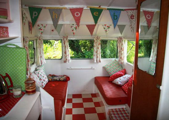 inside look of vintage camper: Vintage Trailers, Vintage Caravan, Campers Interiors, Travel Trailers, Caravan Interiors, Retro Campers, Happy Campers, Interiors Ideas, Vintage Campers
