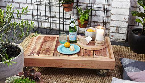 diy outdoor pallet coffee table wheels