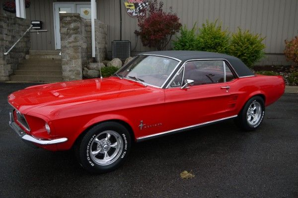 1967 ford mustang with black vinyl top i had an olive green one with the black top my first car future cars pinterest vinyls cars and olives - Red 1967 Ford Mustang Coupe
