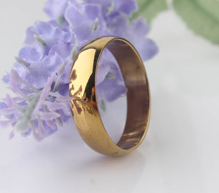 Find More Rings Information about Light version 28K gold plated rings Glaze mill Finish 316L Stainless Steel men women jewelry Free shipping wholesale lots,High Quality jewelry display stand stores,China lot bra Suppliers, Cheap lots of coloring pages from Chinese Jewelry Factory,Wholesale From Yiwu China on Aliexpress.com