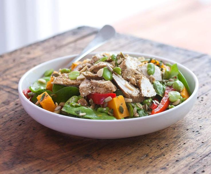 Recipe Chicken, broad bean and snow pea salad - Tim Robards by Tim Robards - Recipe of category Main dishes - meat