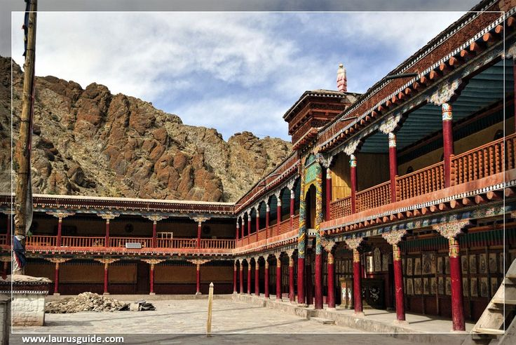 Situated in the foothills of Indus at a distance of 45 km from Leh, the monastery has access to motorable roads. Travelling to Hemis monastery itself is a thrilling experience and the surroundings make the journey a memorable one.  Hemis Monastry is the wealthiest monastery in India and famous for its rich collection of ancient remnants like the statue of Buddha made of copper, stupas made of gold and silver. Monastery also has sacred Thangkas, murals and various artifacts.