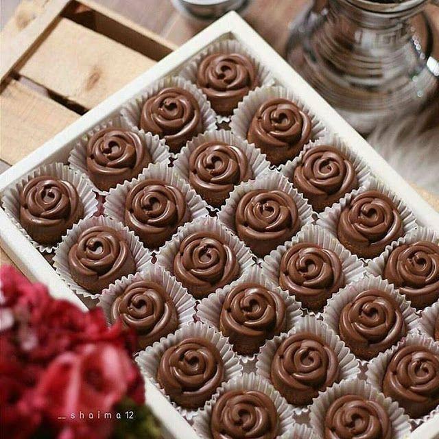 طريقة عمل حلا قهوة العصريه Sweet Coffee Sweets Recipes Dessert Recipes Sweet Coffee