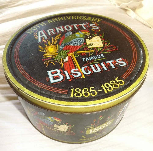 LARGE vintage Arnotts Biscuit tin | eBay