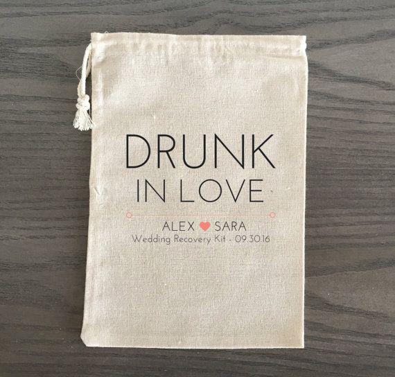 10 Hochzeitsbevorzugungen Hangover Kit Survival Kit von AlfandNoop