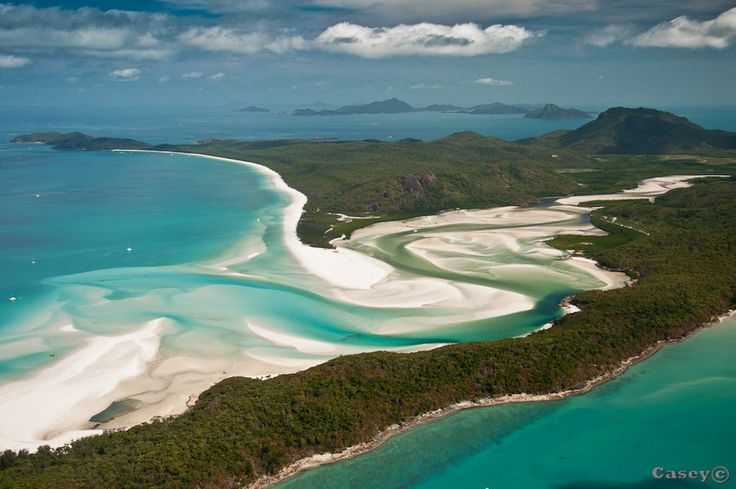 One of the best beaches in the world, Whitehaven beach in the Whitsundays, Australia, is a 7km stretch of pure white sands and exotic scenery