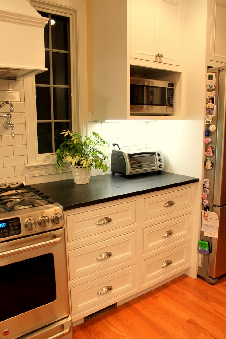 Kitchen Ranges With Microwave Ideas ~ Microwave nook under cabinet instead of over the range