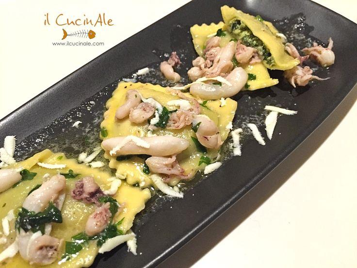 Ravioli con ripieno di broccoletti (cime di rapa) salatati con salsetta di calamaretti in bianco e cacioricotta di bufala