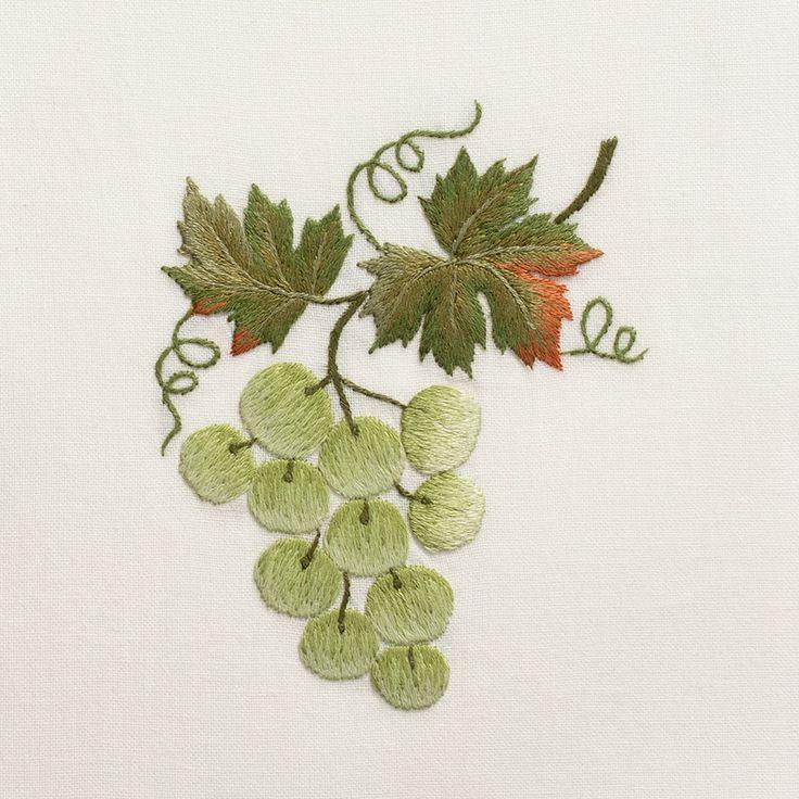 Grapes Green<br>Hand Towel - 90 units left