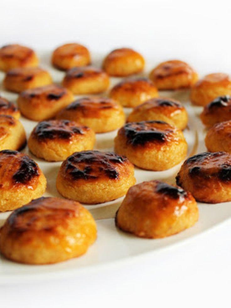 Castanhas de Ovos | #Portugal #cakes