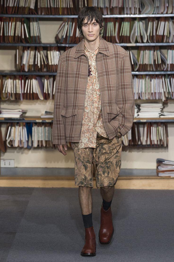 Dries Van Noten Spring 2018 Menswear Collection Photos - Vogue