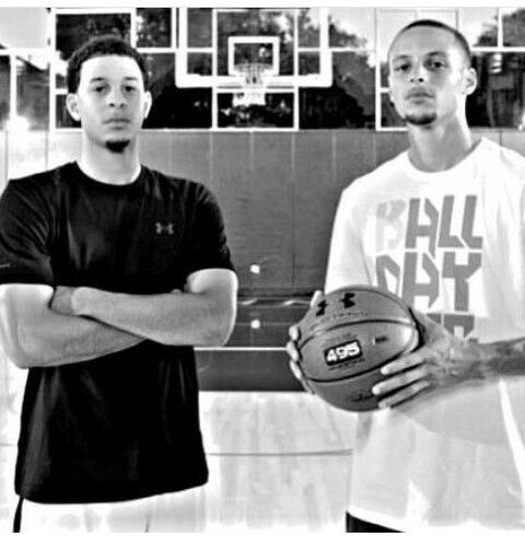 Stephen Curry and his brother