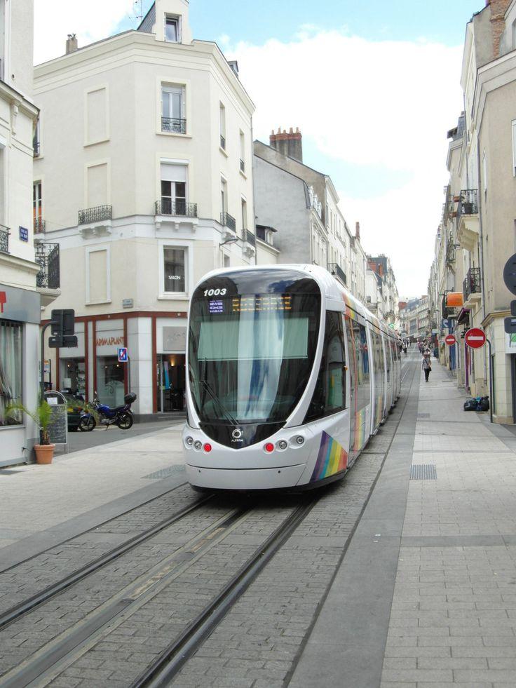 Angers - Tramway - Rue de la Roë - France. By Ingolf on Flickr.