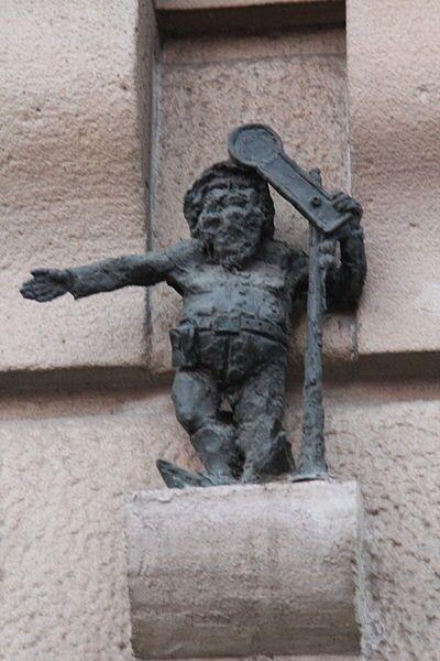 File:Kolejarz (Trainman) Wroclaw dwarf 01.JPG