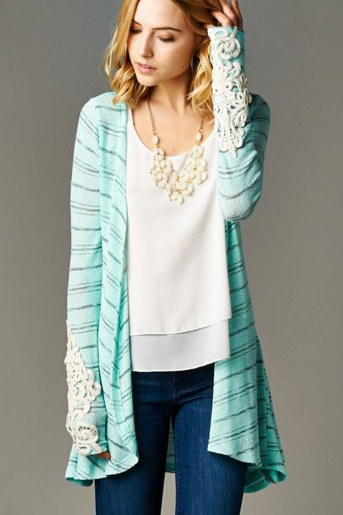 minty spring cardi and those lace cuffs ~