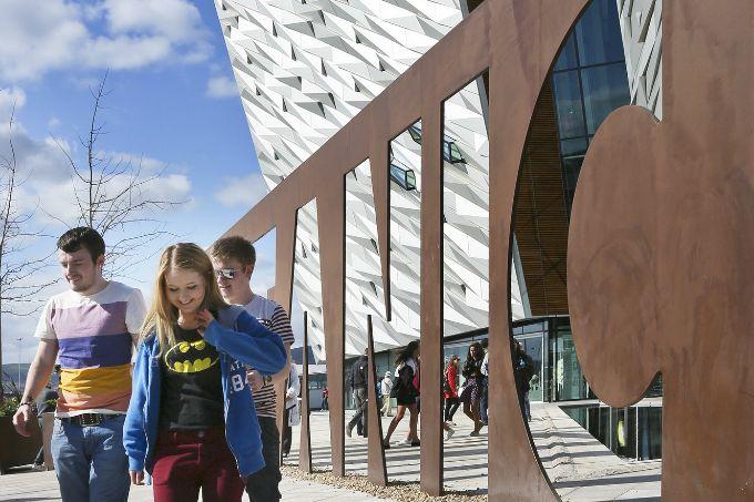 Belfast Y El Museo Del Titanic Viajes Al Extranjero Irlanda Del Norte Choque Cultural