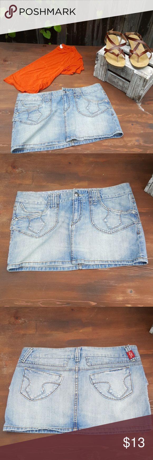 Jean Mini Skirt A fun jean mini skirt to spice up your wardrobe! YMI Skirts Mini