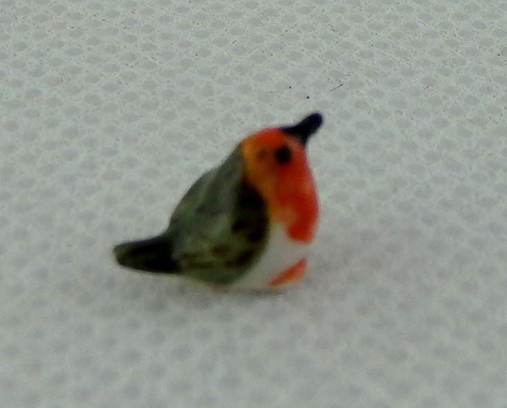Miniatura Per Casa Delle Bambole Animale Domestico Giardino Accessorio Uccelli Cina Piccolo Pettirosso Rosso Petto: Amazon.it: Giochi e giocattoli