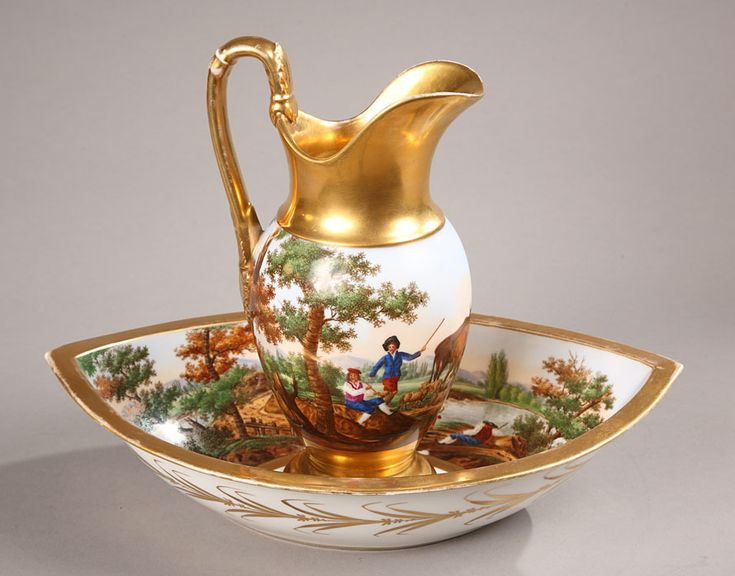 Ewer and basin in Porcelain 1143 : Atena Gallery :French Antiques and Decorative Arts in Paris