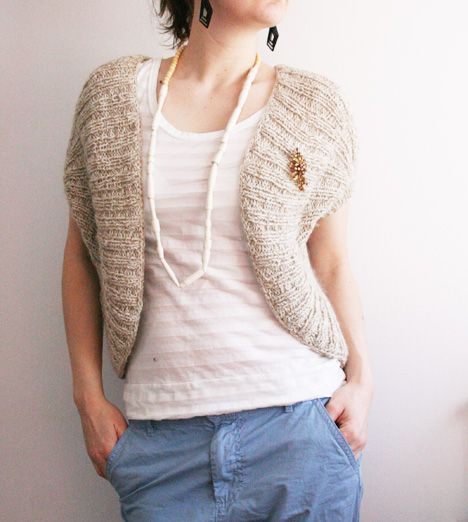 Knitting Pattern For Bolero Shrug : Baggy bolero knitting Shawls, Ponchos, Capes, and Shrugs Pinterest