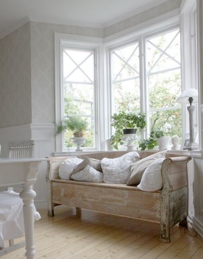 Benches Bay Windows And Wooden Daybed On Pinterest